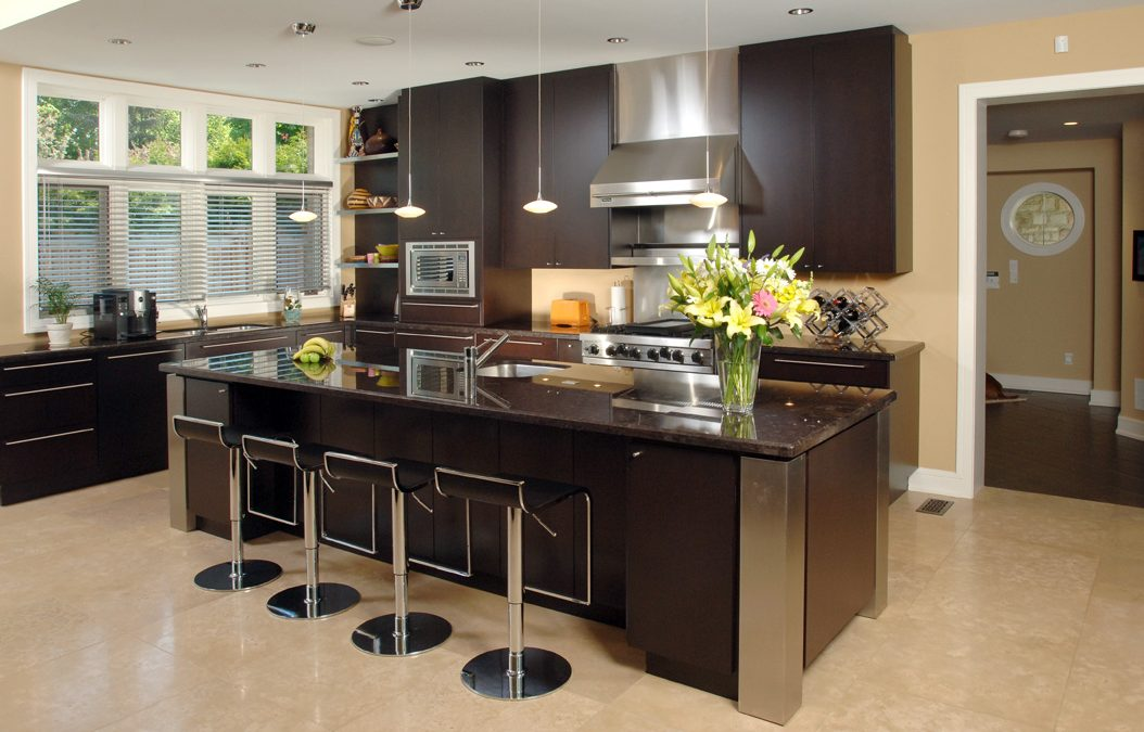 3 Timeless Wood Styles of Custom Kitchen Cabinets in Toronto to Choose From